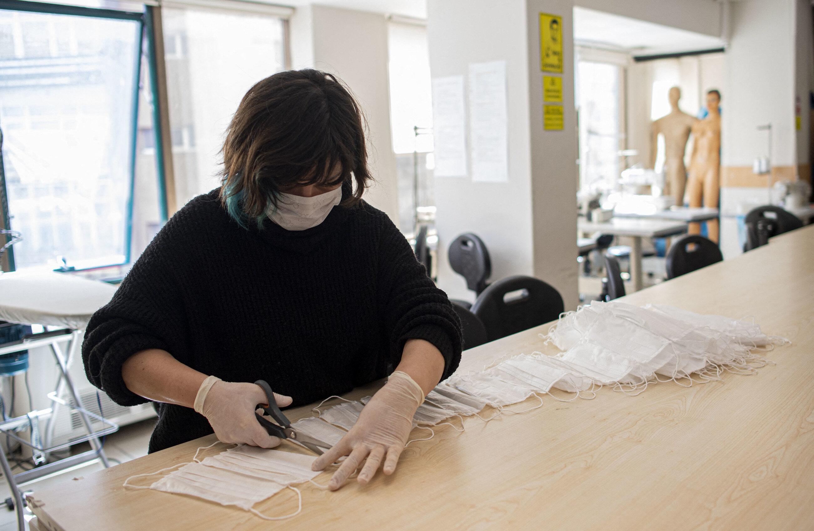 Nie tylko maski ochronne. Ministerstwo Zdrowia dopuszcza zamienniki